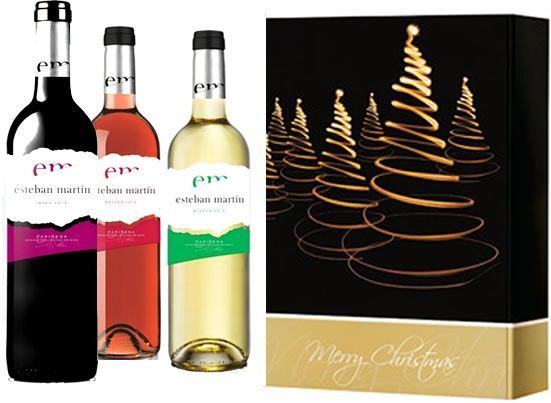 3er Geschenkkarton mit weihnachtlichem Motiv und drei Flaschen spanischen Wein. 1 x Esteban Martin Blanco 1 x Esteban Tinto 1 x Esteban Martin RosadoGeschenke
